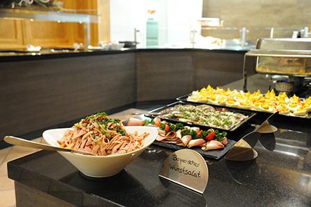 Bayerisches Buffet Wellnesshotel Bayerischer Wald